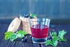 сок черной смородины стоковые фото