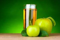 сок яблок свежий стеклянный зеленый здоровый Стоковая Фотография RF