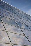 солнечное facace здания стеклянное фотовольтайческое Стоковые Изображения RF