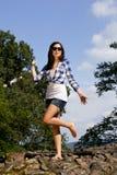 солнечные очки девушки брюнет подростковые Стоковое Изображение RF
