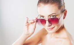 солнечные очки девушки Стоковые Изображения