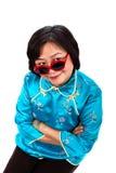 Солнечные очки китайской женщины смешные красные Стоковое Фото