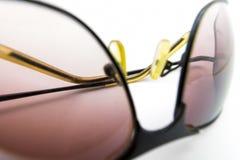 Солнечные очки на белой предпосылке Стоковая Фотография