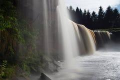 Солнечный день на водопаде Jagala Стоковые Фото