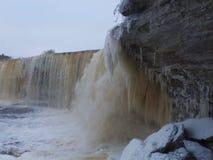 Солнечный день на водопаде Jagala Стоковые Изображения RF