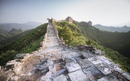 Солнечный свет покрасил пейзаж большого ŒChina-востока Азии ¼ Wallï стоковые изображения