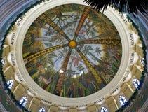 солнце дворца потолка потерянное городом покрашенное Стоковые Изображения