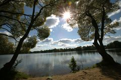 солнце озера стоковые изображения