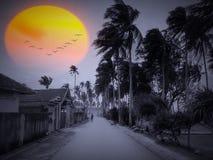 Солнце поднимает на тихую и деревенскую деревню Стоковые Фото