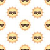Солнце с картиной солнечных очков Стоковое фото RF