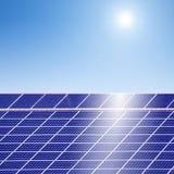 солнце энергии фотовольтайческое Стоковая Фотография
