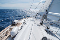 солнце sailing к Стоковые Фото