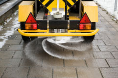 Соль на тротуаре стоковая фотография rf