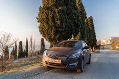 Солярис Hyundai автомобиля припаркован в природе Акцент Giad/Hyundai Avega/Brio Hyundai/додж Verna стоковое изображение
