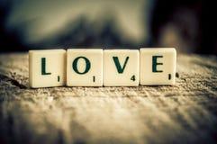 Сообщение влюбленности в плитках Стоковое Изображение RF
