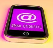 Сообщение этикета электронной почты электронное управляет переводом 3d Иллюстрация штока