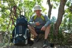 сообщение hiker посылает стоковое изображение rf