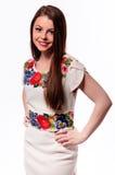 Соотечественник украинской девушки нося вышил рубашке изолированной на белизне Стоковое фото RF