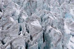 Сорванный ледник с много crevasses подробно Стоковое Изображение