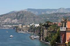 Сорренто, Италия (взгляд побережья Амальфи) Стоковые Изображения RF