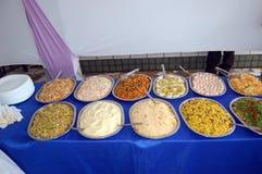 сортированная еда шведского стола Стоковые Фото