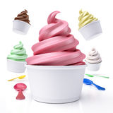 Сортированное мороженое в бумажных стаканчиках стоковая фотография rf