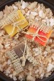 Сортированные естественные мыла и соль для принятия ванны Стоковое Фото