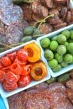 Сортированные закуски на подносе партии Стоковая Фотография RF