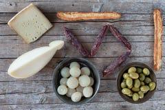Сортированные итальянские закуски Стоковая Фотография