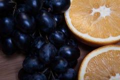 Сортированные плодоовощи на серой предпосылке Стоковое фото RF