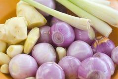сортированные свежие овощи стоковые фотографии rf