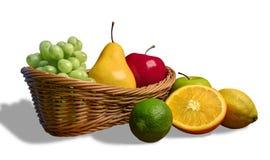 сортированные свежие фрукты корзины Стоковая Фотография