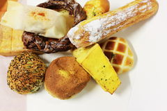 Сортированные хлебы нездоровые в студии стоковые изображения rf