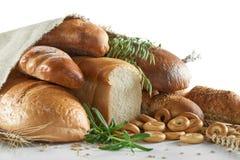 Сортированные хлебы изолированные на белизне Стоковые Изображения RF