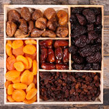 сортировано высушено - плодоовощ стоковое фото rf