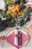 сосенка померанцев игл лимонов дат состава кофе cloves рождества шоколада шариков яблок ангела красивейшая представляет изюминки  Стоковые Изображения RF
