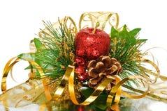 сосенка украшения рождества ветви золотистая зеленая Стоковое фото RF