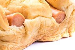 Сосиска в испеченном хлебе Стоковое Изображение