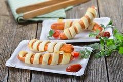 Сосиска с печеньем слойки стоковые фото