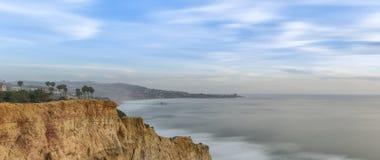 Сосны Torrey, пляж Сан-Диего, Калифорния Стоковые Фотографии RF