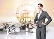 Составное изображение агента обслуживания клиента с шлемофоном дальше Стоковая Фотография