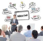 Составное изображение бизнесмена делая речь во время встречи Стоковое Фото