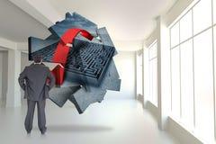 Составное изображение бизнесмена стоя назад к камере с руками на бедре Стоковое фото RF