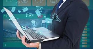 Составное изображение бизнесмена с вахтой используя ПК таблетки Стоковое Изображение RF