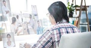 Составное изображение бизнесменов имея встречу Стоковые Фотографии RF