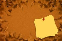 Составное изображение липкого примечания с красным pushpin Стоковые Изображения