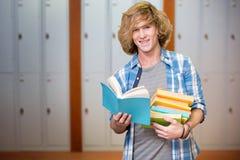 Составное изображение книги чтения студента Стоковое Изображение