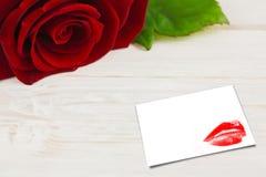 Составное изображение конца крайности вверх на шикарных красных губах Стоковое Фото