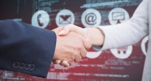 Составное изображение корпоративных людей делая рукопожатие Стоковая Фотография