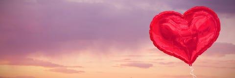 Составное изображение красного воздушного шара сердца Стоковая Фотография